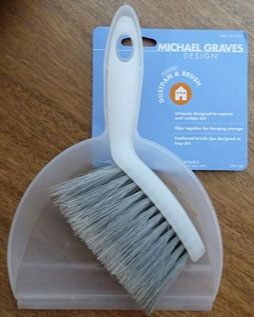 Michael Graves Whiskbrook & Dustpan Combo